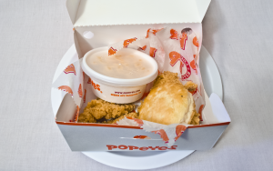 Popeyes Smoky Garlic Chile Chicken 03